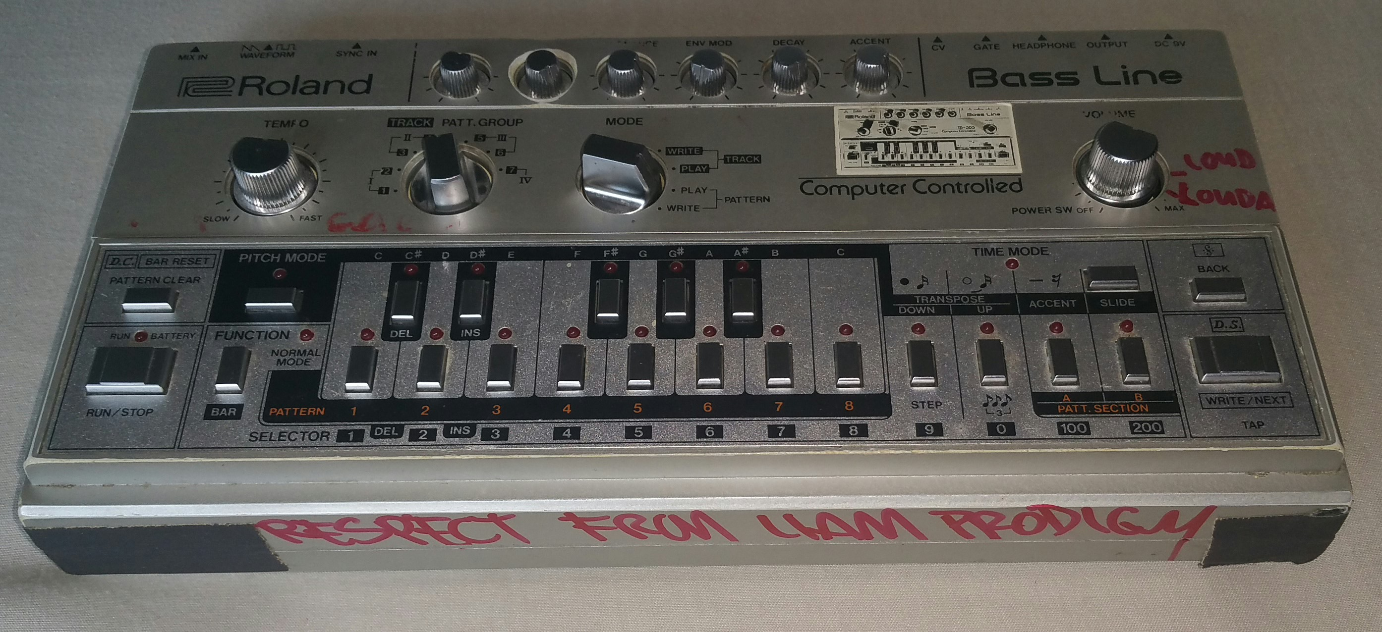 Liam's original TB-303 was given away in charity auction
